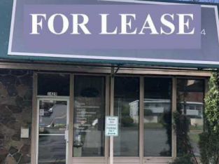 Kirkland west of market retail store front lease