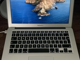 Apple MacBook Air 13.3 Early,2015, Silver)