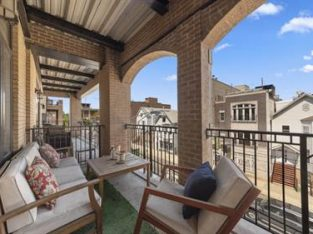 1423 West Belmont Avenue 3, Chicago, Cook County
